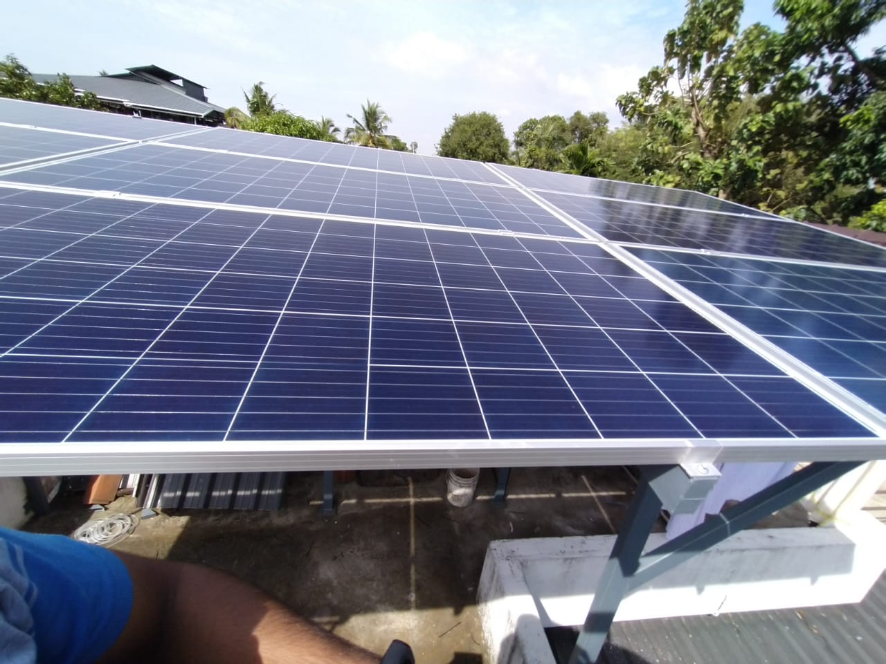 Sofar solar ongrid inverter solar ,Renewsys solar panel 335 W,Nettoor,kerala