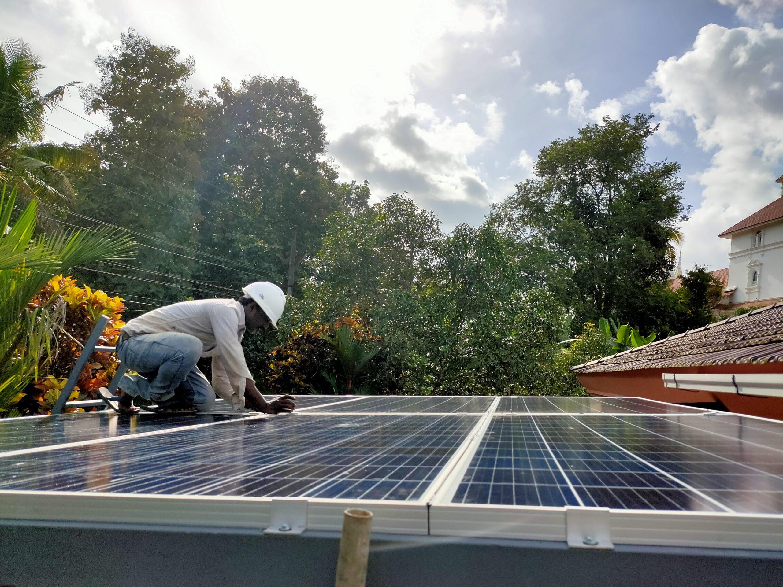Ouseph Kothamangalam 2 kw ongrid solar power plant