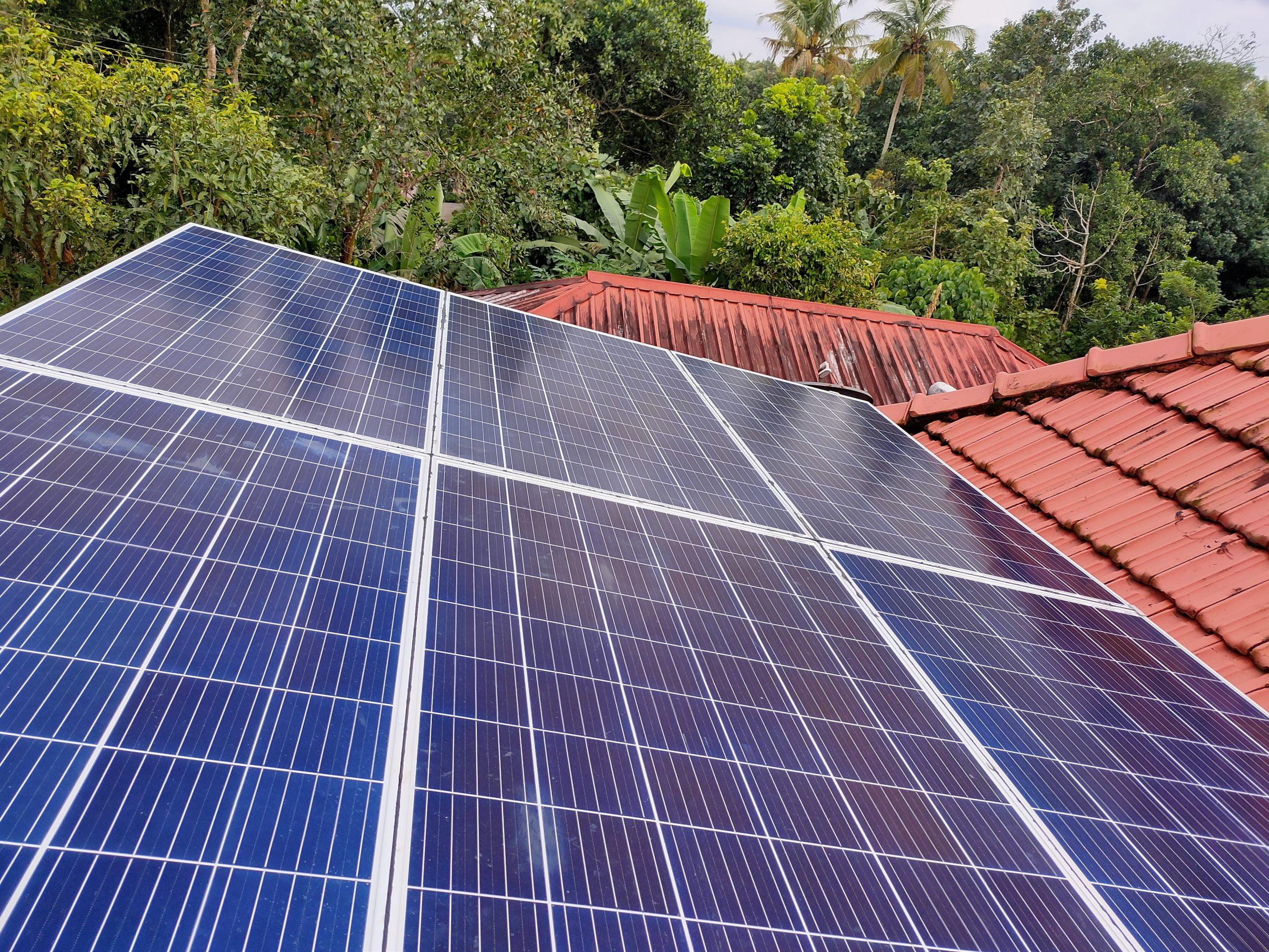 2 kw Solar Ongrid Power Plant at Kothamangalam Kerala 1