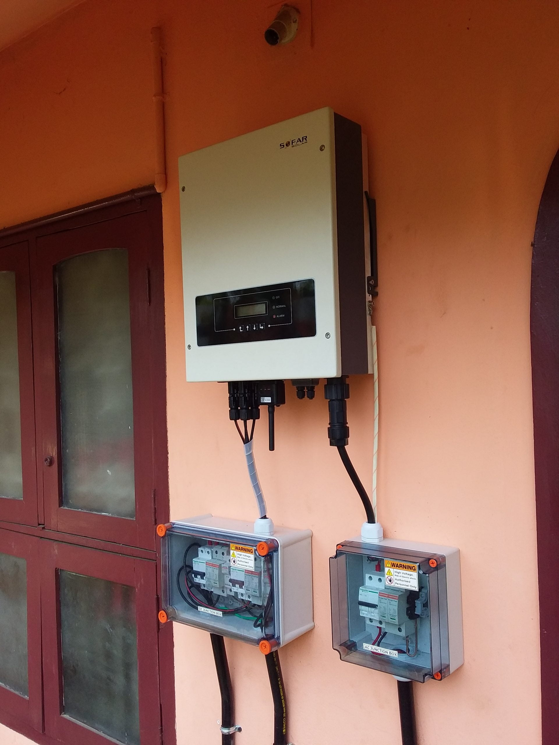 5 Kwp Solar Ongrid Power Plant at Trivandrum 1