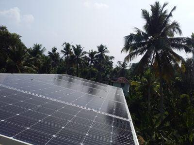 2kW Solar Ongrid ower Plant at Kumblam Ernakulam solar ongrid power plant in panagad
