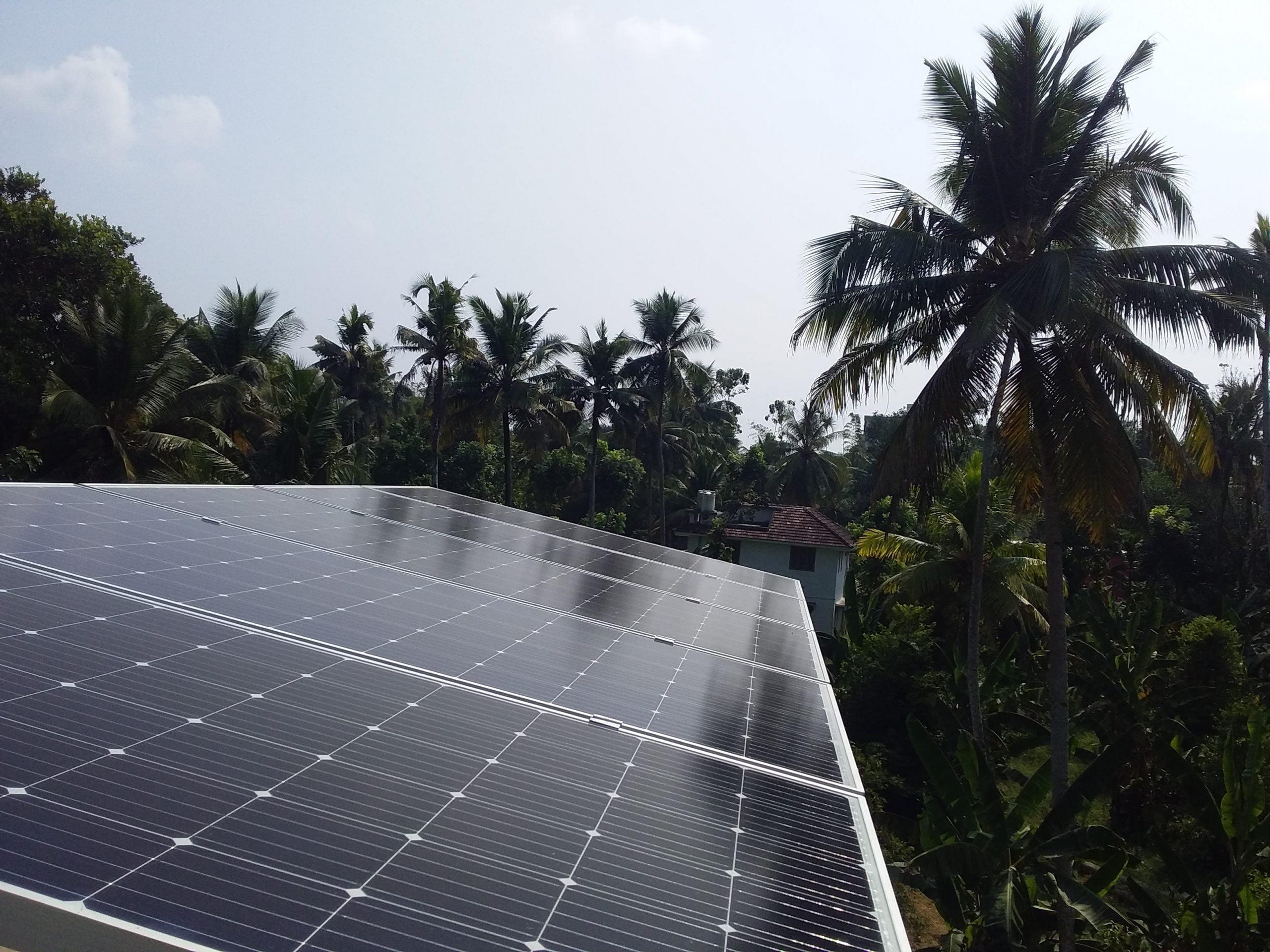 2kW Solar Ongrid ower Plant at Kumblam Ernakulam
