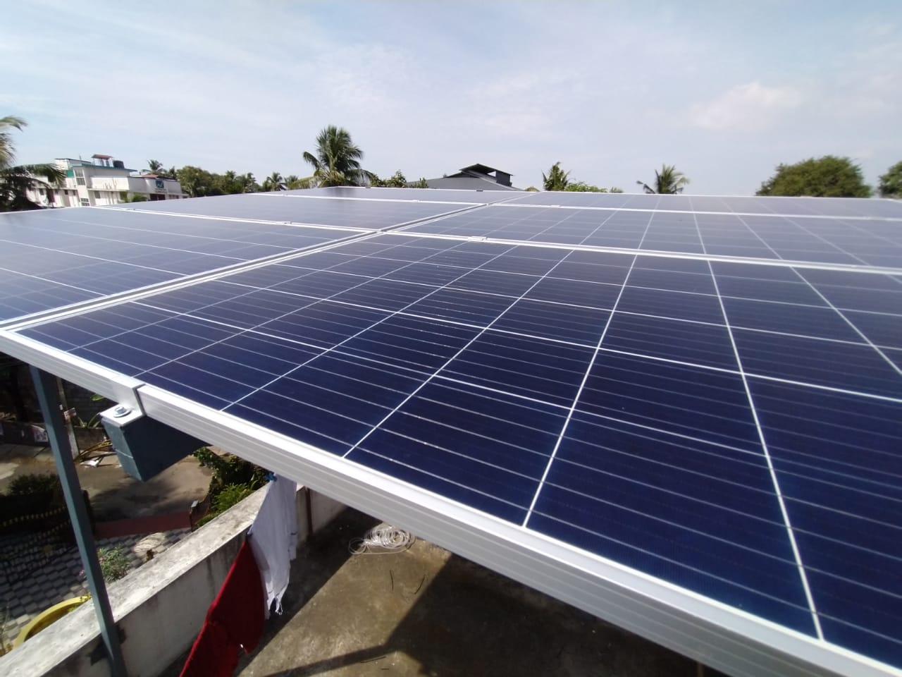 3kW Solar Ongrid Power Plant at Nettoor Ernakualm